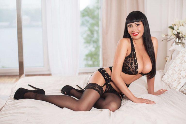 Amanda » Erotikmassage Hure Kempten Allgäu » Mirabell
